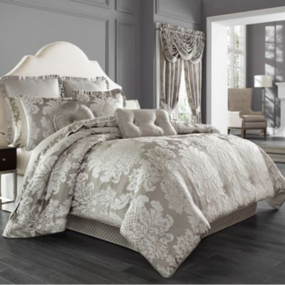 Five Queens Court Carly King Comforter Set