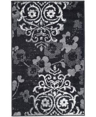 "Adirondack Black and Silver 2'6"" x 4' Area Rug"
