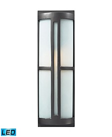 1- Light Outdoor Sconce in Graphite - LED Offering Up To 800 Lumens (60 Watt Equivalent) with Full Range