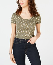 Hippie Rose Juniors' Printed Button Crop Top
