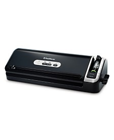 FoodSaver® FM3920-ECR 2-in-1 Manual Vacuum Sealer System with Starter Kit
