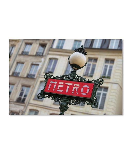 "Trademark Global Cora Niele 'Paris Metro Signpost' Canvas Art - 19"" x 12"" x 2"""