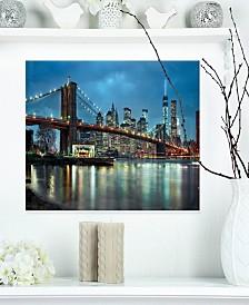 "Designart 'Brooklyn Bridge And Skyscrapers' Cityscape Metal Wall Art - 20"" X 12"""