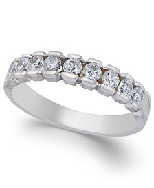 Diamond Band (1/2 ct. t.w.) in 14k White Gold