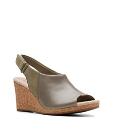 Clarks Collection Women's Lafely Jess Wedge Sandals