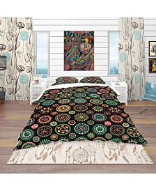 Designart 'Geometric Round Ethnic Decorative Elements' Bohemian and Eclectic Duvet Cover Set - King