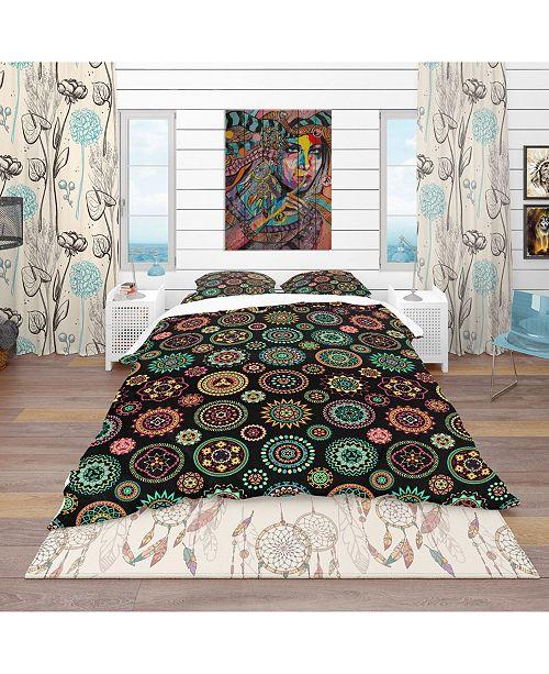 Design Art Designart 'Geometric Round Ethnic Decorative Elements' Bohemian and Eclectic Duvet Cover Set - King