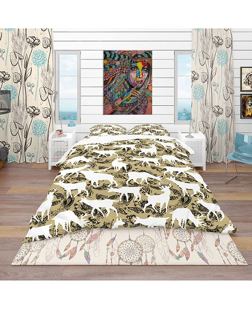 Design Art Designart 'Wild Animals Pattern' Bohemian and Eclectic Duvet Cover Set - Queen