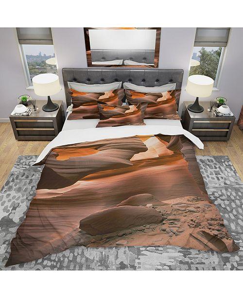 Design Art Designart 'Lower Antelope Slot Canyon In Reflected Sunlight' Modern and Contemporary Duvet Cover Set - Queen