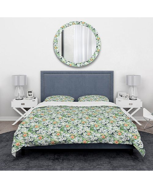 Design Art Designart 'A White And Yellow Roses Bouquet' Traditional Duvet Cover Set - King