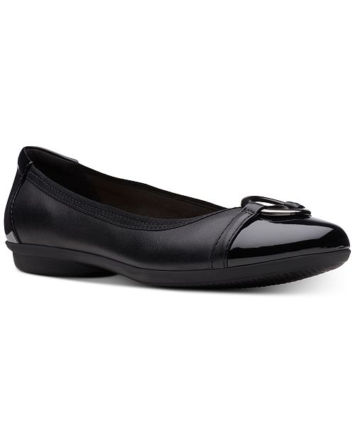 Clarks Collection Women's Gracelin Wind Flats