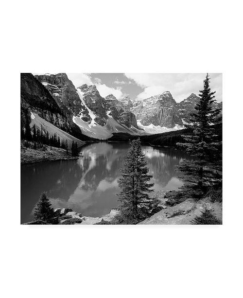 "Trademark Global Monte Nagler Moraine Lake Canadian Rockies Canada Canvas Art - 15"" x 20"""