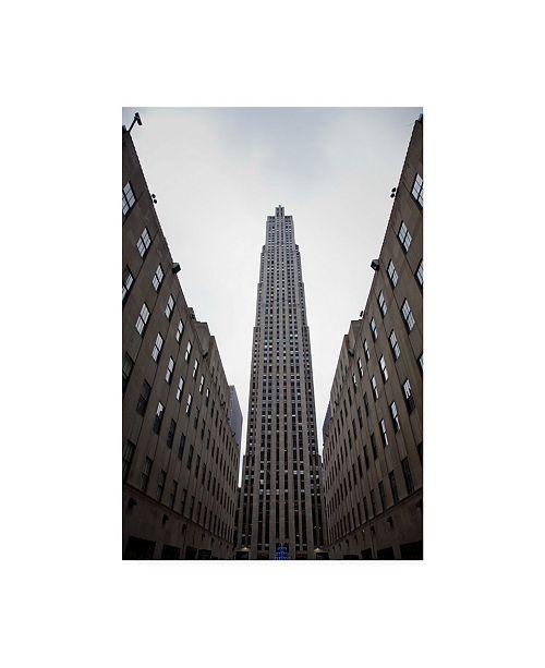 """Trademark Global Monte Nagler Rockefeller Center New York City New York Color Canvas Art - 37"""" x 49"""""""