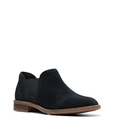 Clarks Collection Women's Camzin Maple Booties