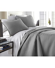 Oversized Solid 3 Piece Quilt and Sham Set