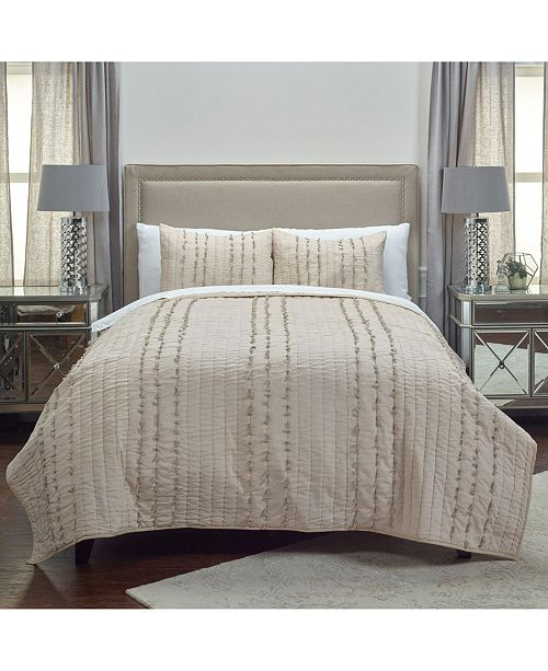 Rizzy Home Riztex USA Piper Quilt Collection