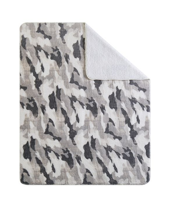 "Sean John CLOSEOUT! Camo 50"" x 70"" Boxed Throw"