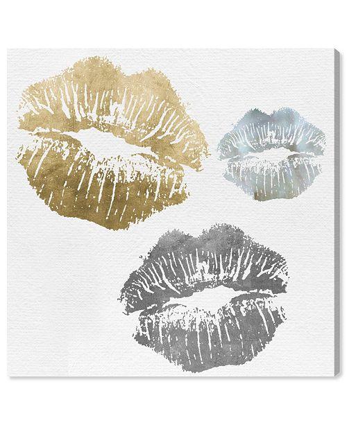 "Oliver Gal Luxury Kiss Canvas Art, 24"" x 24"""