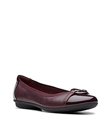 Collection Women's Gracelin Wind Flats