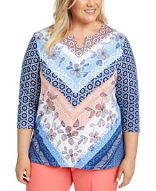 Plus Size Pearls of Wisdom Mixed-Print Split-Neck Top