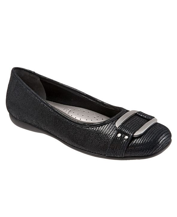 Trotters Sizzle Signature Flat