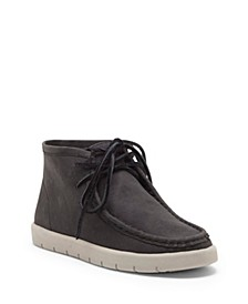 Kids by Vince Camuto Big Boys and Little Boys Classic Chukka Boot Design
