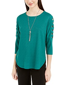 Juniors' Lattice-Detailed Sleeve Top