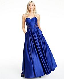 Juniors' Strapless Sweetheart Appliqué Gown