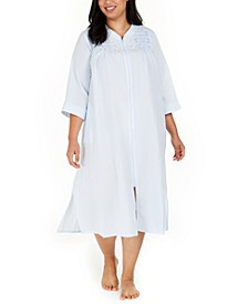 Plus Size Embroidered Seersucker Long Zipper Robe