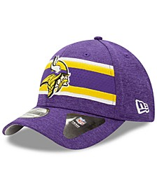 Minnesota Vikings Striped Front Tech 39THIRTY Stretch Fitted Cap