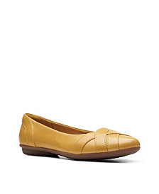 Clarks Collection Women's Gracelin Mia Flats