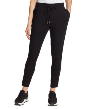 Comfy and cute, the Overruled joggers from Skinnygirl takes your athleisure style to a new comfort level with a drawstring waistband and banded hems.