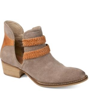 Signature Women's Bernice Bootie Women's Shoes