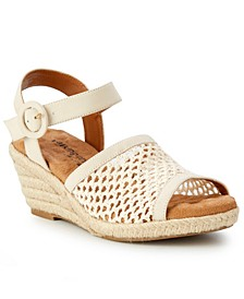 Avery Wedge Sandal