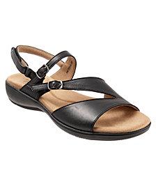 Trotters Riva Slip On Sandal
