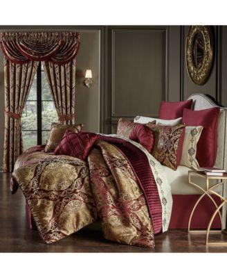 Hazel Queen Comforter Set