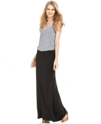 How to Style a Maxi Skirt | FashionGum.com