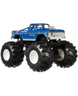 Hot wheels Monster Trucks 1:24 Bigfoot vehicles