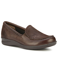 Walking Cradles Women's Clayton Slip-On Flat