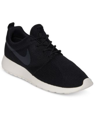 nike roshe one black mens
