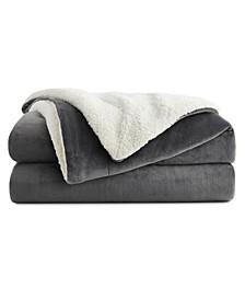 """90"""" x 90"""" Fleece and Sherpa Blanket"""