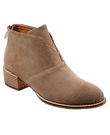 SoftWalk Tilden Ankle Boot