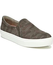 Women's Nova Slip-Ons Sneaker