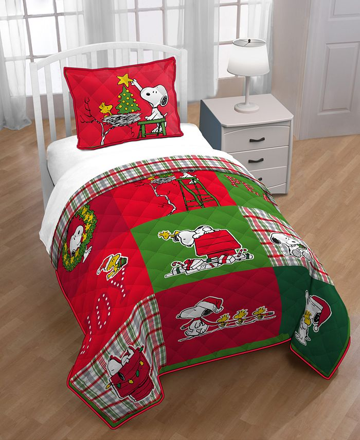 Snoopy - 2-Pc. Twin Quilt Set
