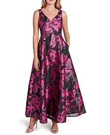 Sweetheart-Neck Metallic Jaquard Gown