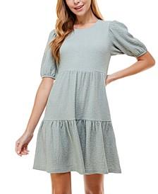 Juniors' Short Sleeve Textured Tiered Dress