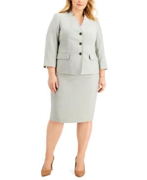 Plus Size Textured Skirt Suit