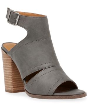 Brista Shooties Women's Shoes