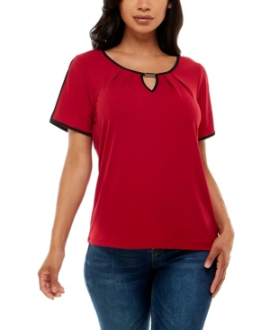 Women's Short Sleeve Top with Keyhole