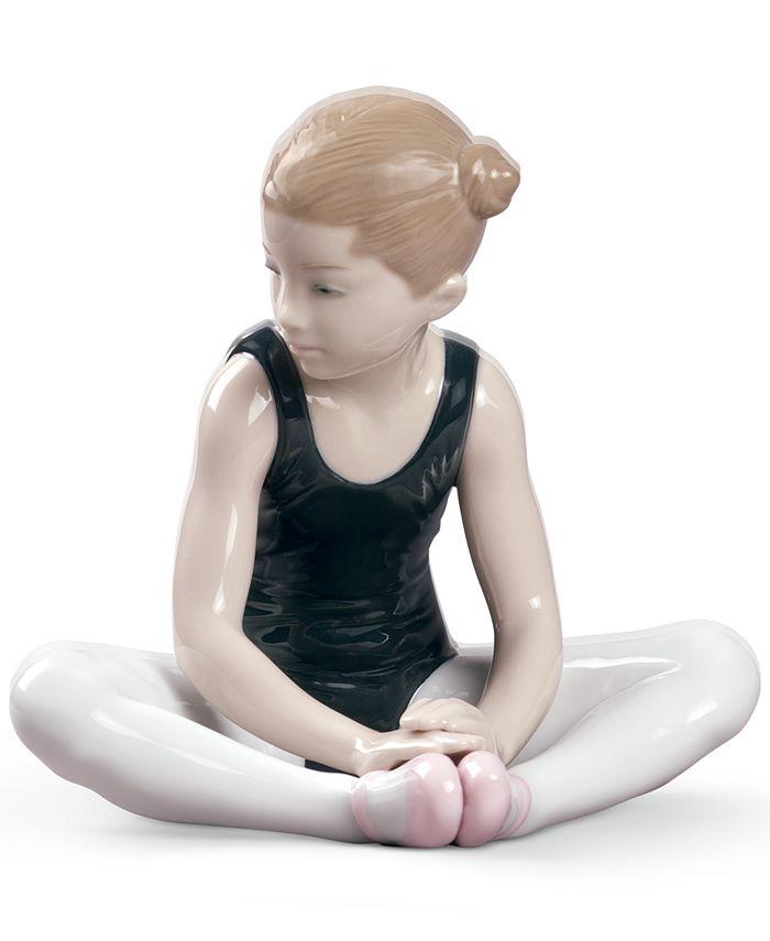 Lladró - Lladro Thinking Of My Debut Figurine